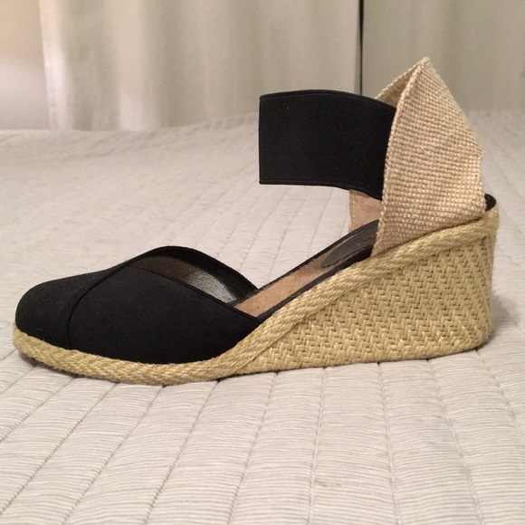 91aff8c57dc7 Lauren Ralph Lauren Shoes - Ralph Lauren Charla wedge sandal